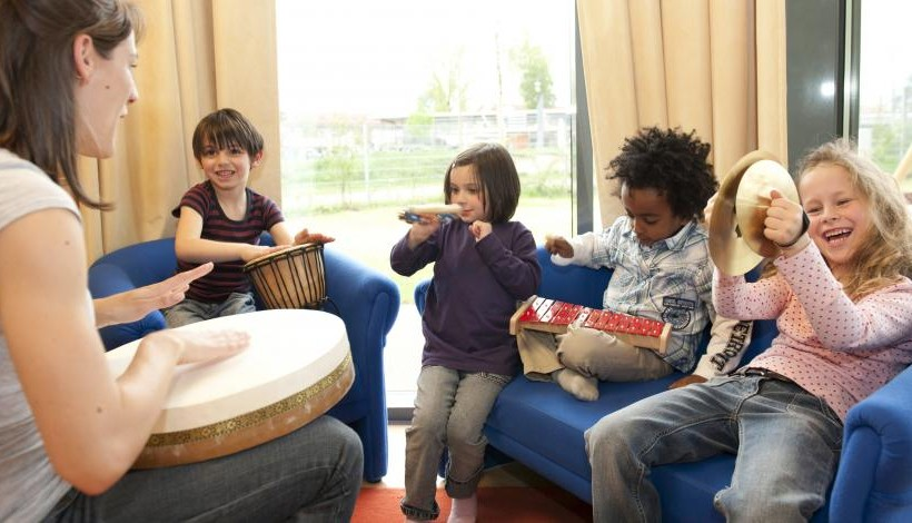 HOW MUSIC THERAPY CAN HELP